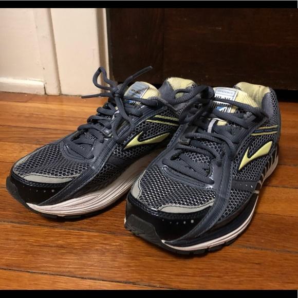 a73994e1d43 Brooks Shoes - Brooks Dyad 7 Women s Running Shoes Size 7W